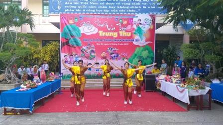Tam Kỳ tổ chức Vui Tết Trung thu cho trẻ em khó khăn