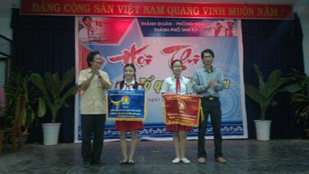 """Hội thi """"Em yêu Tổ quốc Việt Nam"""""""